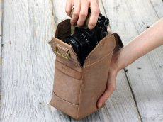 Photo3: Leather Camera Case [SACCO] (3)