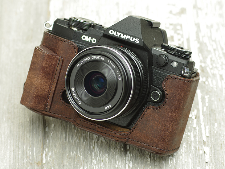 Photo1: Leather Camera Body Suit [for OLYMPUS OM-D E-M5 MarkII] (1)