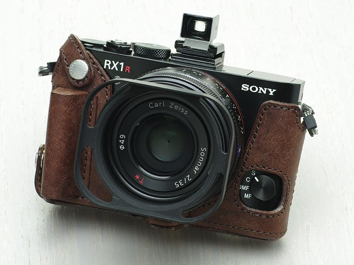 Photo1: Leather Camera Body Suit [for SONY RX1R2] (1)