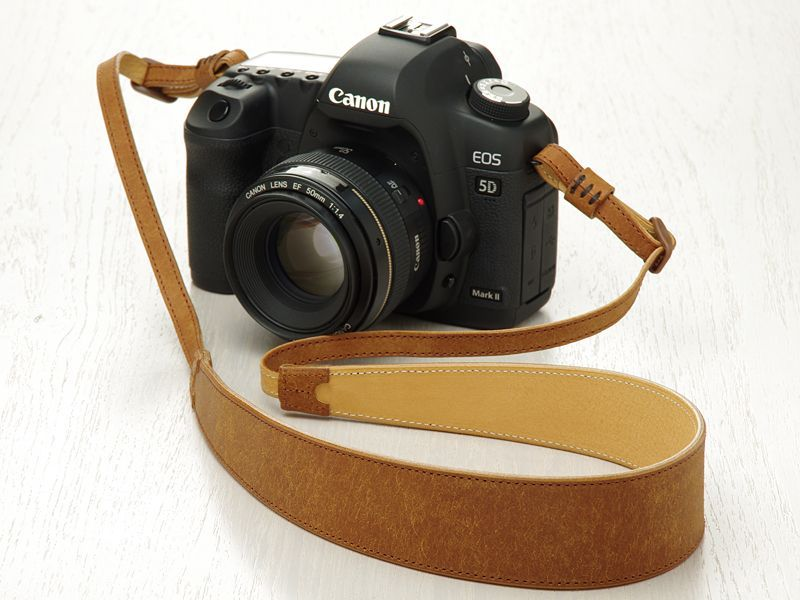 Photo1: Leather Camera Strap [CLASSICO GRANDE] (1)