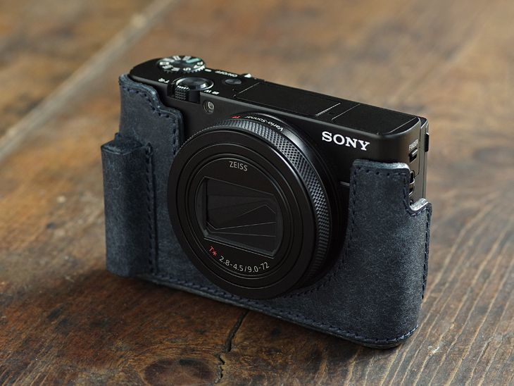 Photo1: Leather Camera Body Suit [for SONY RX100M6] (1)